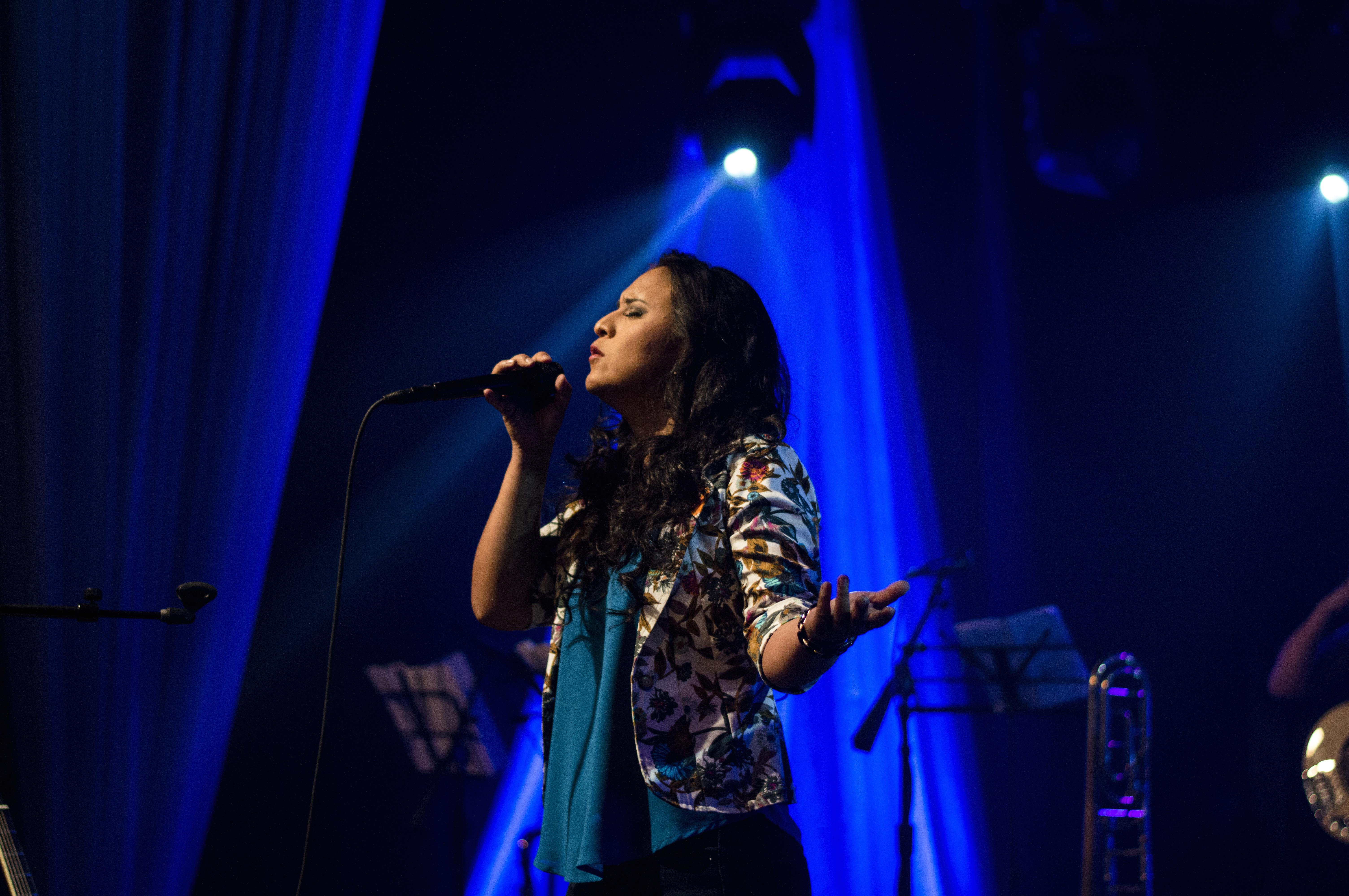 Noche de jazz y vino | con el Trío de jazz de Jenny Villafuerte